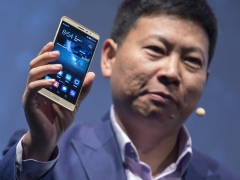 Huawei profit stays flat, revenue growth slows