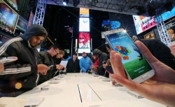 Global Smartphone Sales To Increase This Year After 2016 Slump