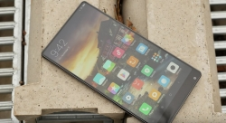 Xiaomi Mi Mix Review – The Most Beautiful Smartphone 2016